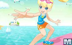 Juego de la muñeca Polly Pocket vestida a la moda playera