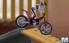 Maniático de las motos 4, versión oficina